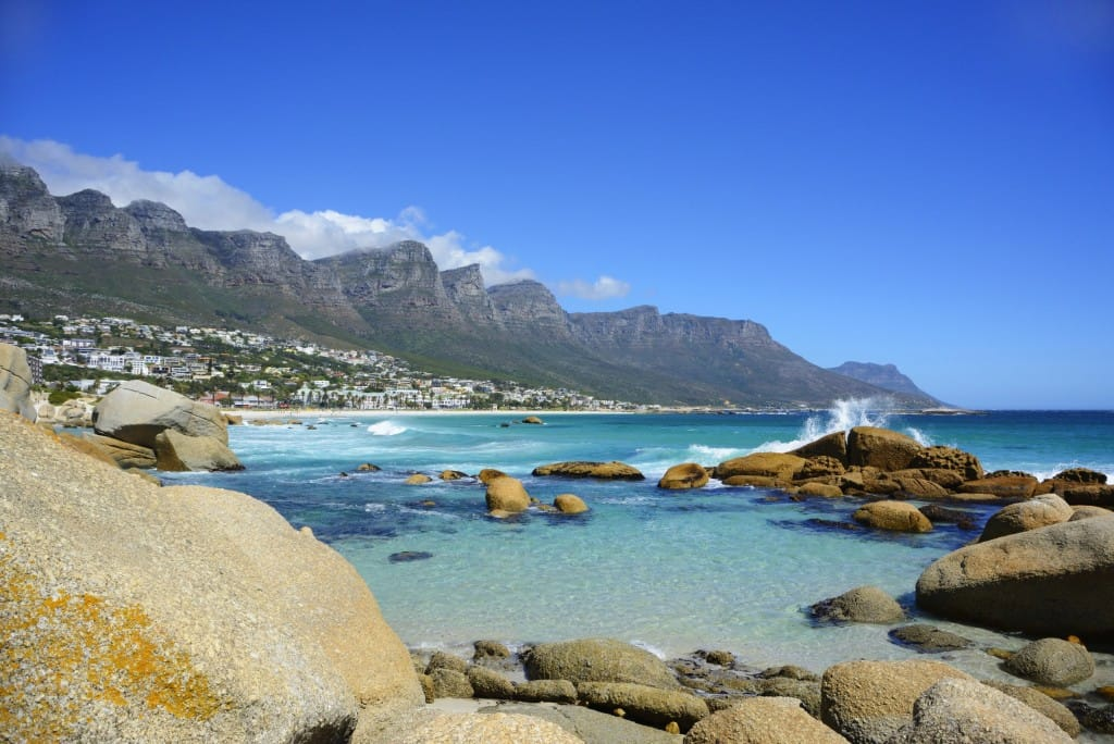cape-town-camps-bay-plage-is-afrique-du-sud-decouverte