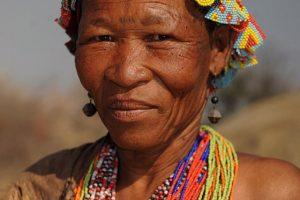 bushman-femme-afrique-du-sud-decouverte