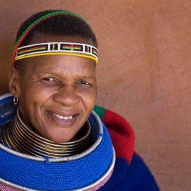 ndebele-visage-femme-afrique-du-sud-decouverte