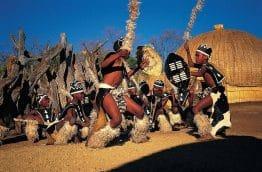 Village culturel de Lesedi en Afrique du sud danses traditionnelles