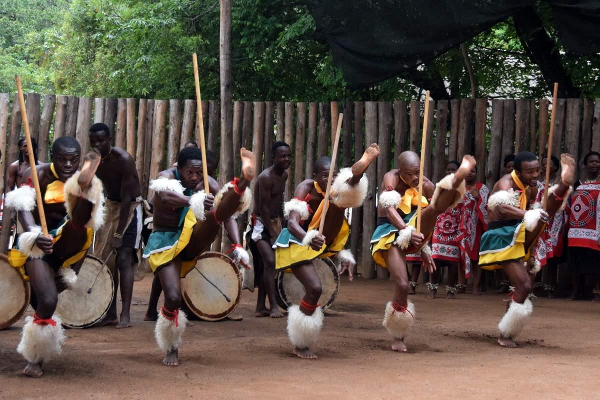 swaziland-danse-sibhaca-afrique-du-sud-decouverte