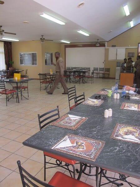 pollsmoor-restaurant-interieur-afrique-du-sud-decouverte