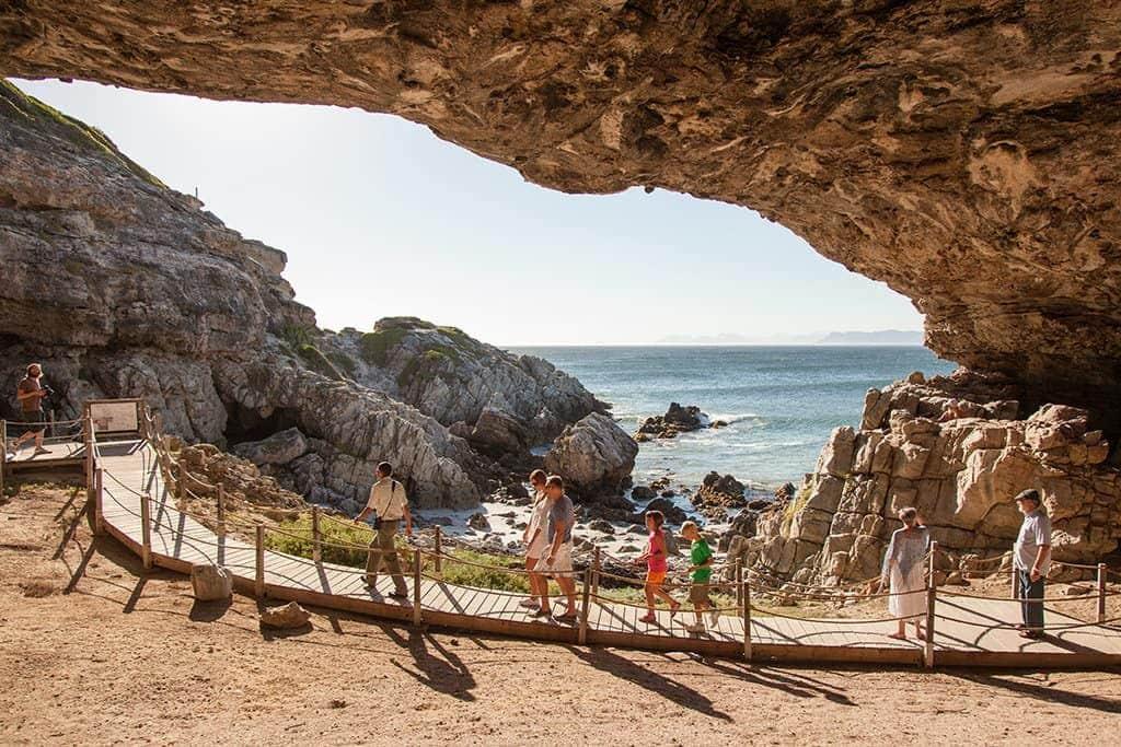 endroits-naturels-grotte-klipgat-afrique-du-sud-decouverte
