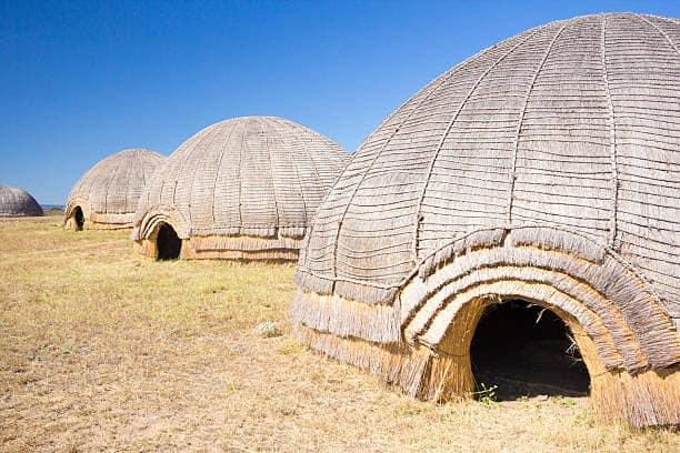 communaute-umgungundlovu-hute-afrique-du-sud-decouverte