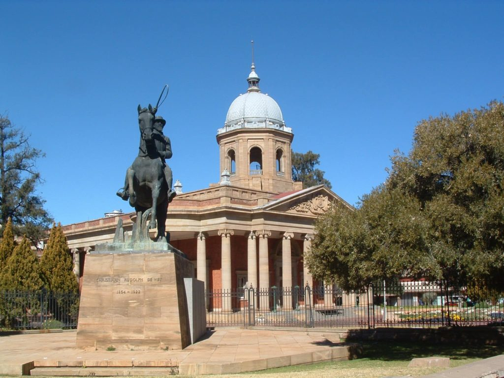 Bloemfontein-parlamento-sudáfrica-descubrimiento
