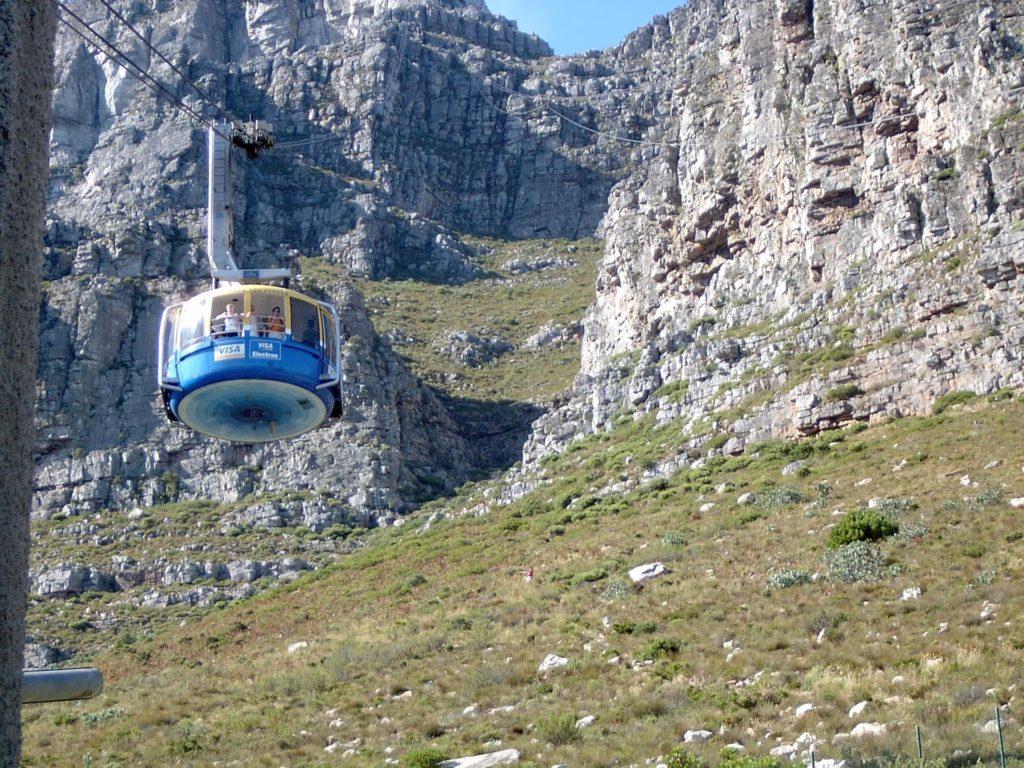 table-mountain-telepherique-afrique-du-sud-decouverte