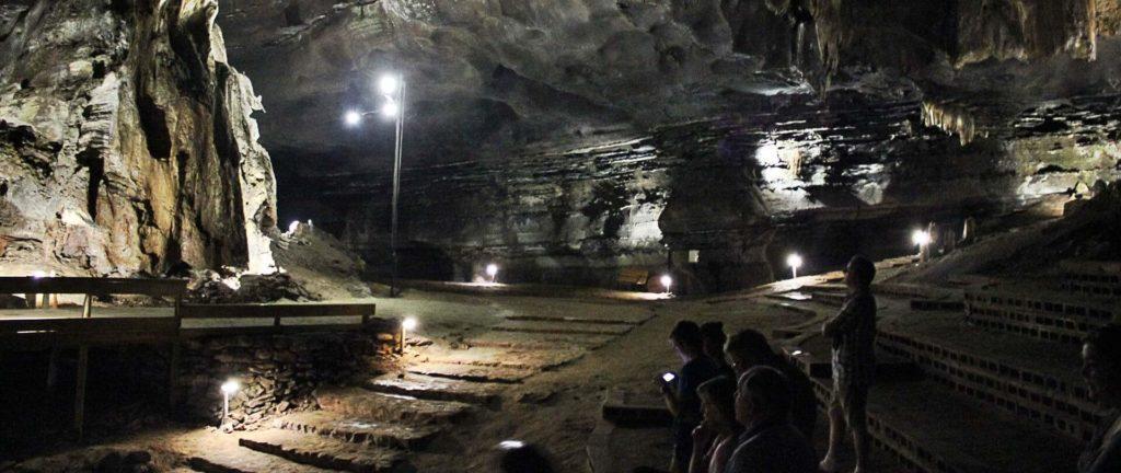 grottes-de-sudwala-amphitheatre-afrique-du-sud-decouverte