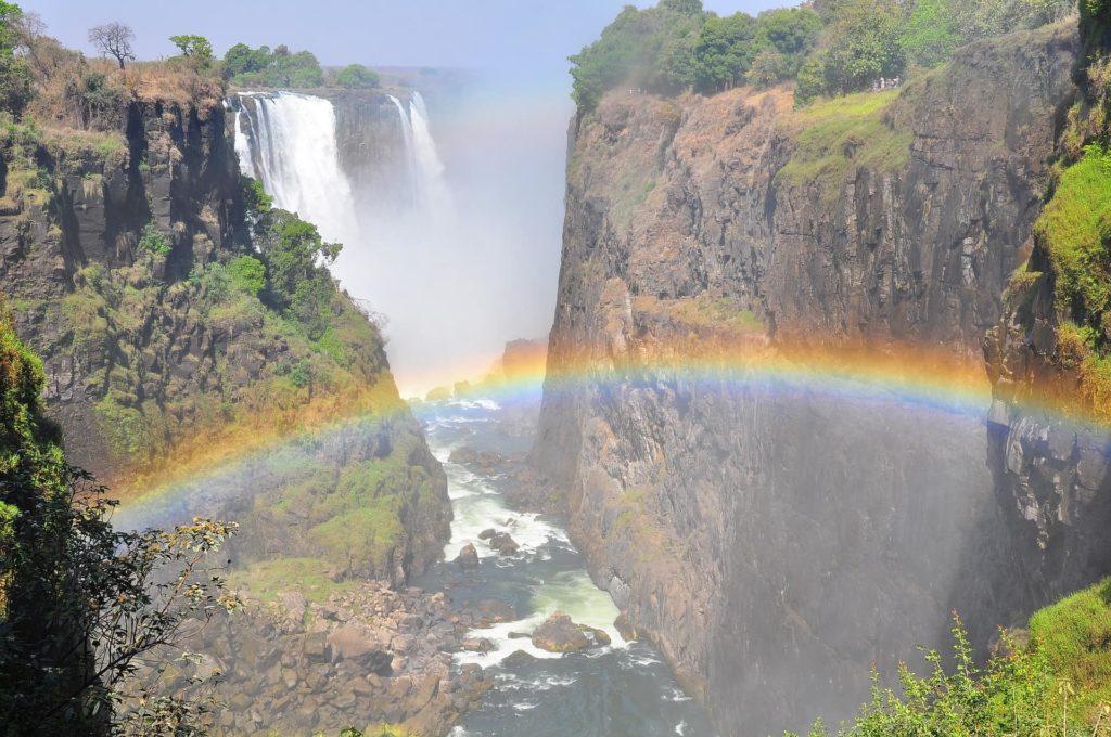 chutes-victoria-arc-en-ciel-afrique-du-sud-decouverte